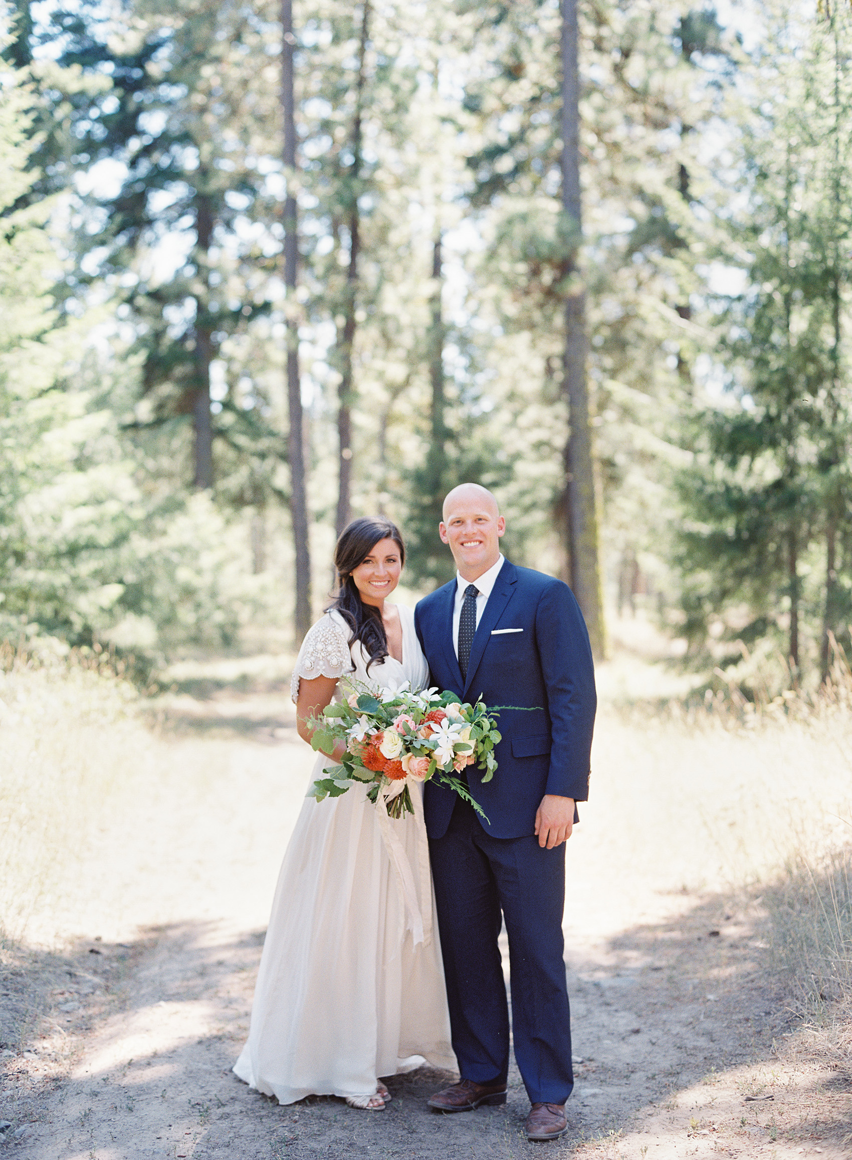la Happy Design & O'Malley Photographers Suncadia Wedding