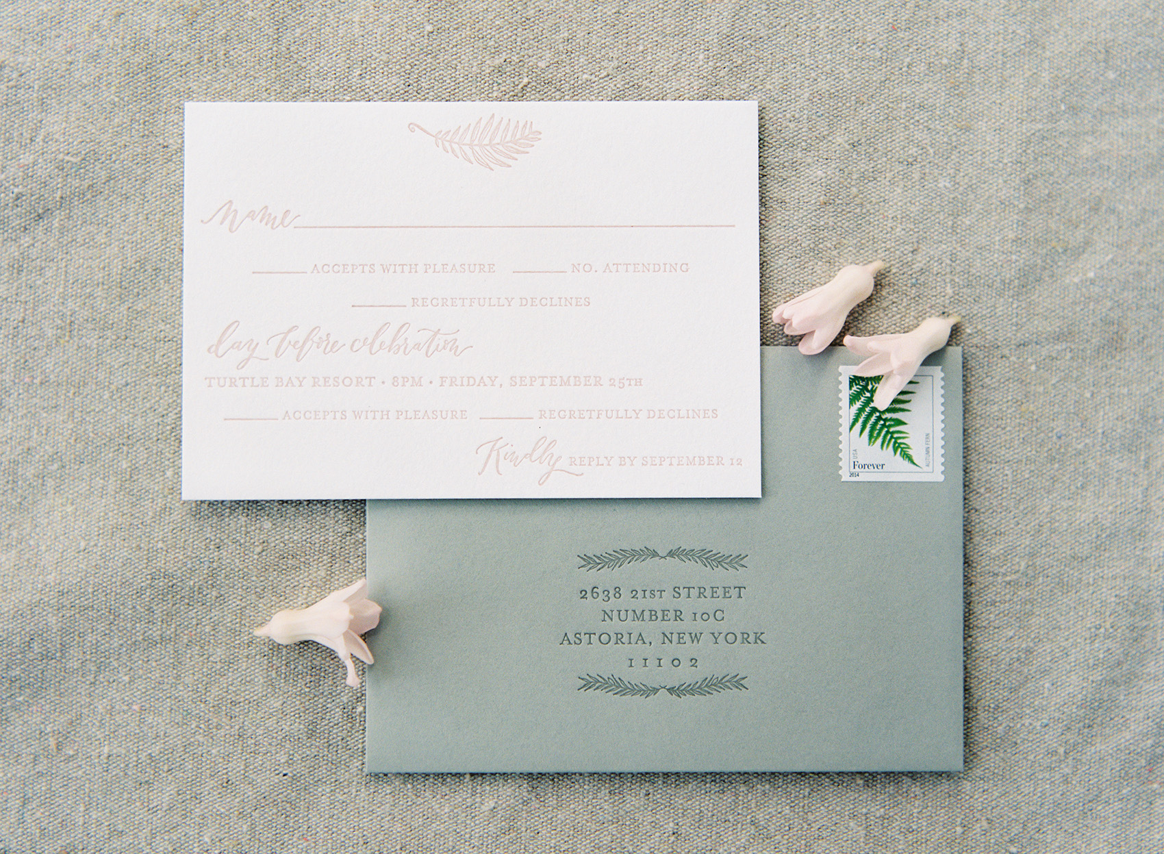 la Happy Design & Calligraphy letterpress response card