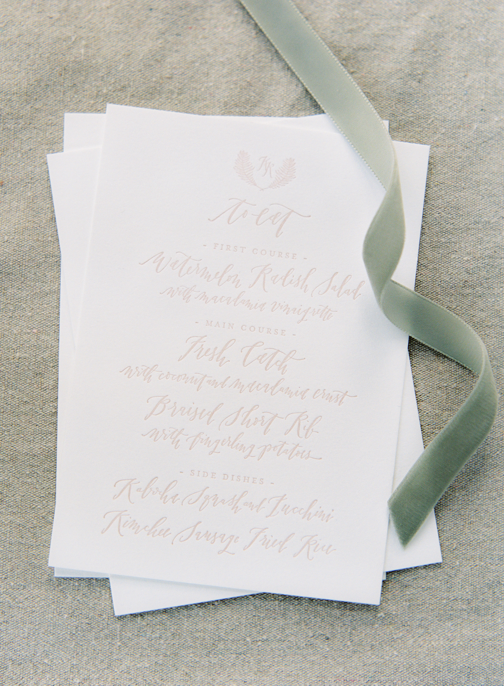 la Happy Design and Calligraphy letterpress menu
